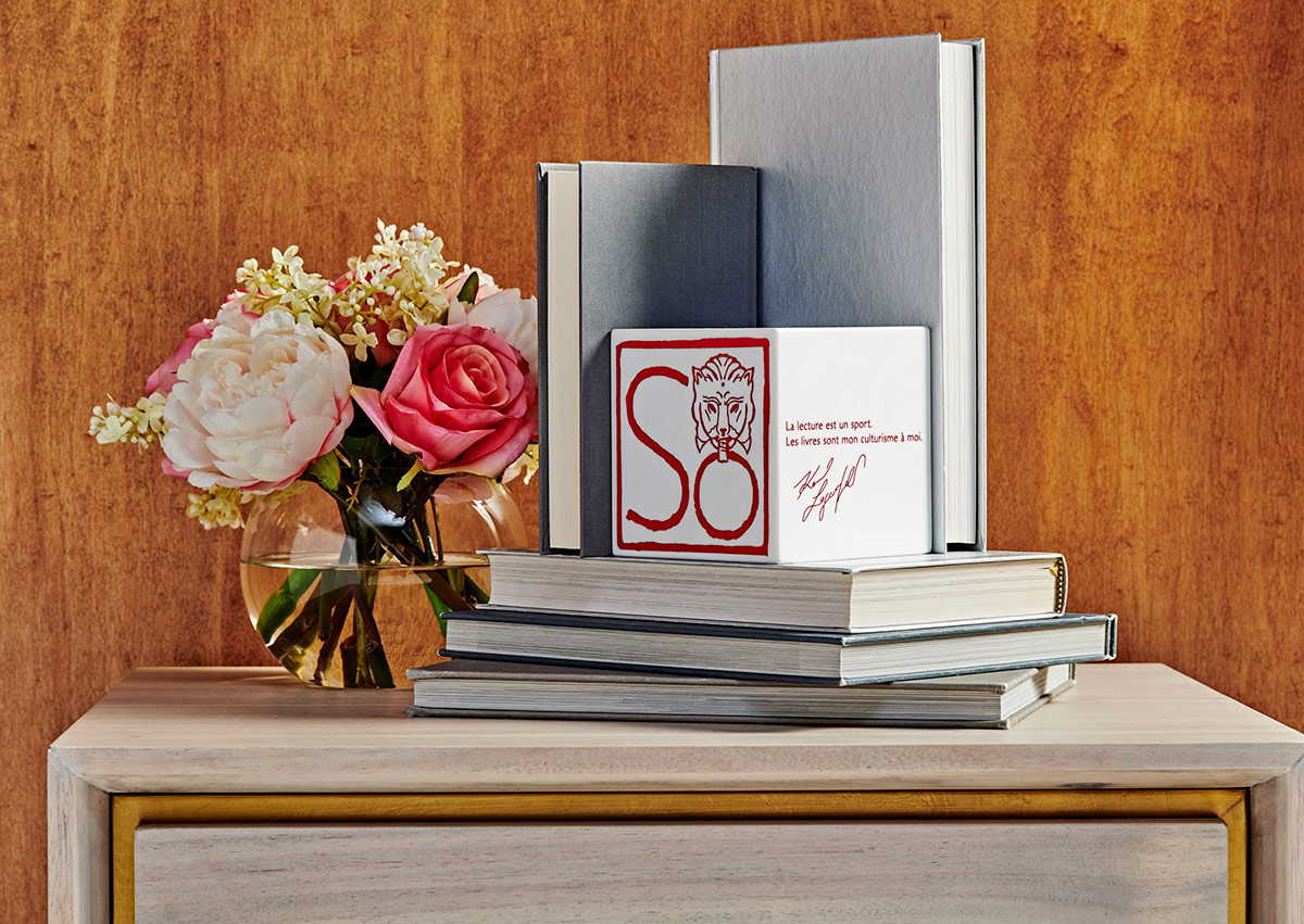 Cube Bookend