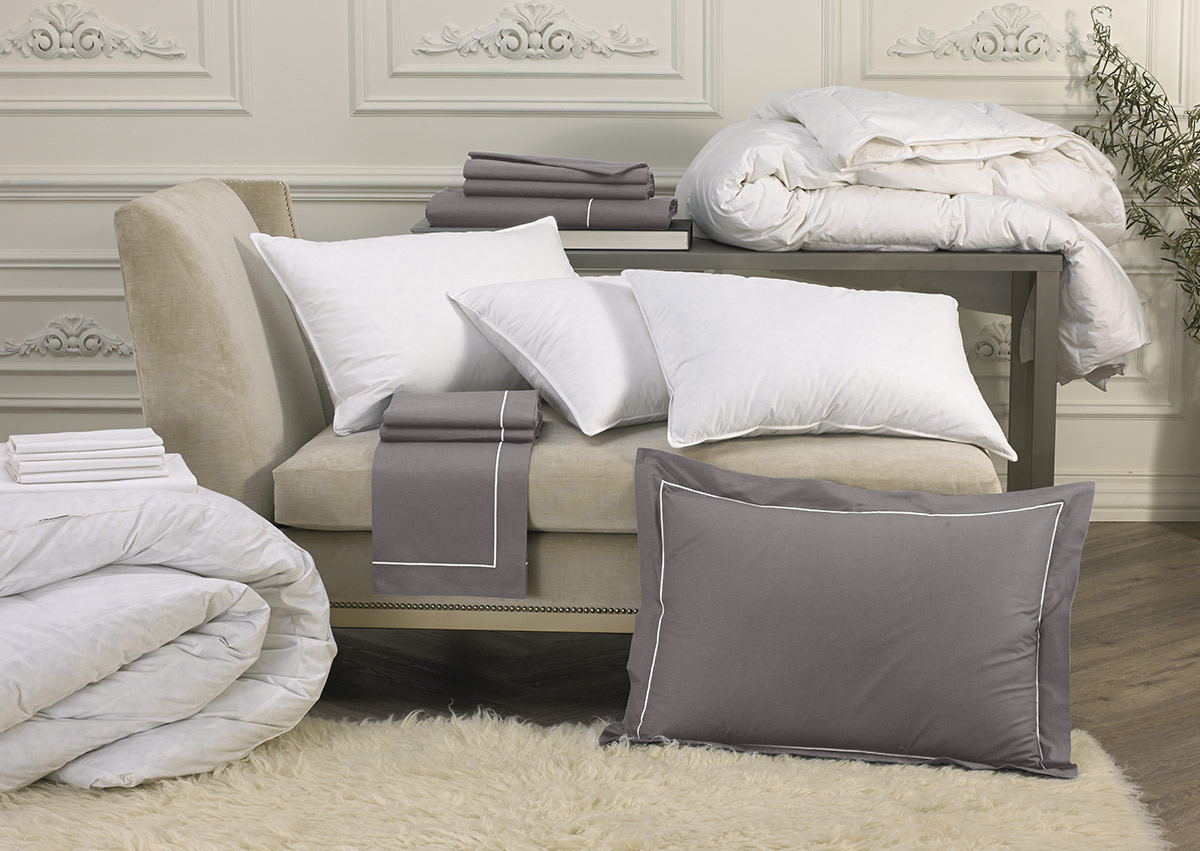 Platinum Deluxe Bedding Set