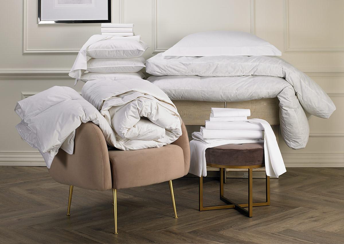 White Deluxe Bedding Set